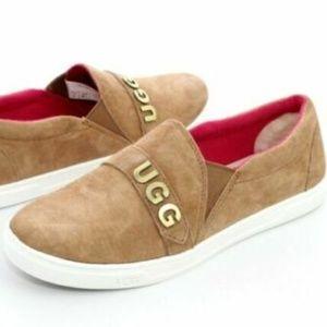 UGG $120 1097029 Kitlyn Ugg Charm Chestnut Sneaker